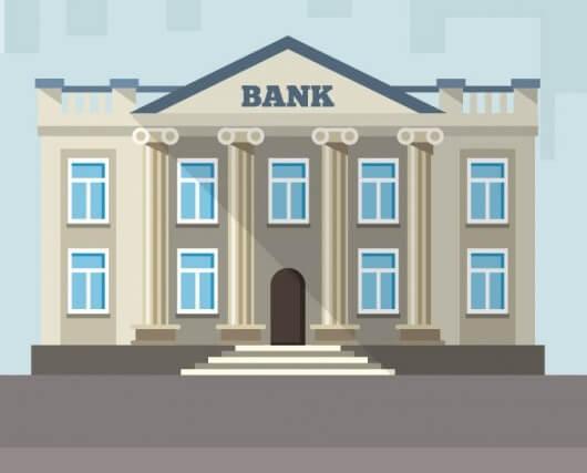 Какие банки предлагают карты с наименьшим возрастом получения